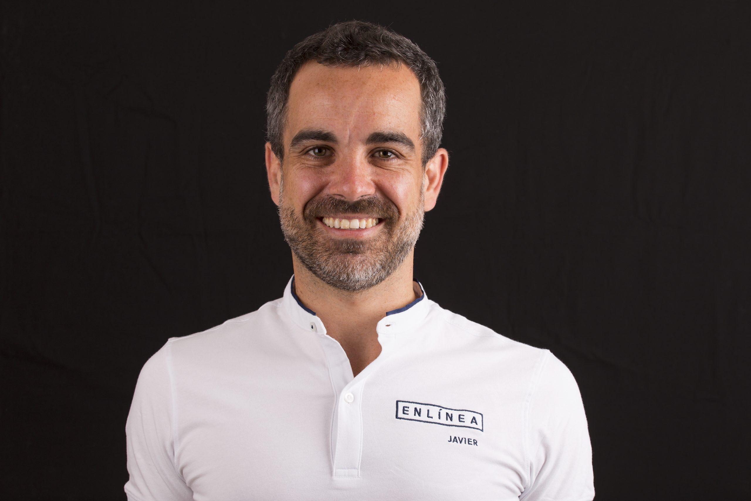 Director En línea, Javier Lozano