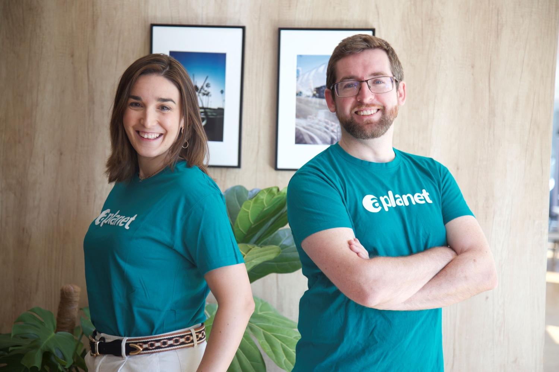 APlanet es una startup española que ayuda a las  organizaciones a gestionar de forma ágil y sencilla sus estrategias de sostenibilidad, responsabilidad social y compliance a través de la tecnología.