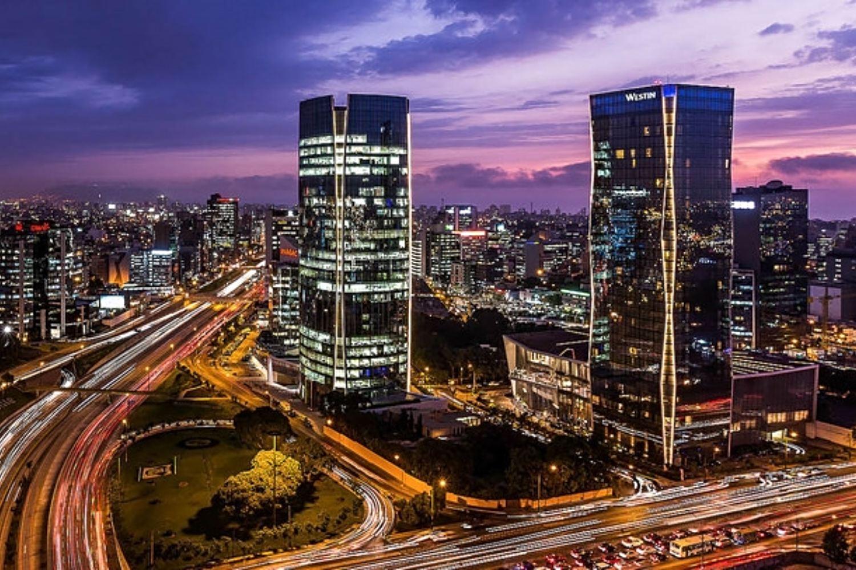 Zona financiera de la ciudad de Lima (Perú).