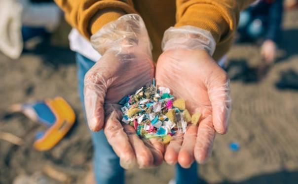 BeAble Capital, fondo líder en Science Equity, invierte 160.000 euros en Captoplastic y su novedosa tecnología para eliminar microplásticos del agua.