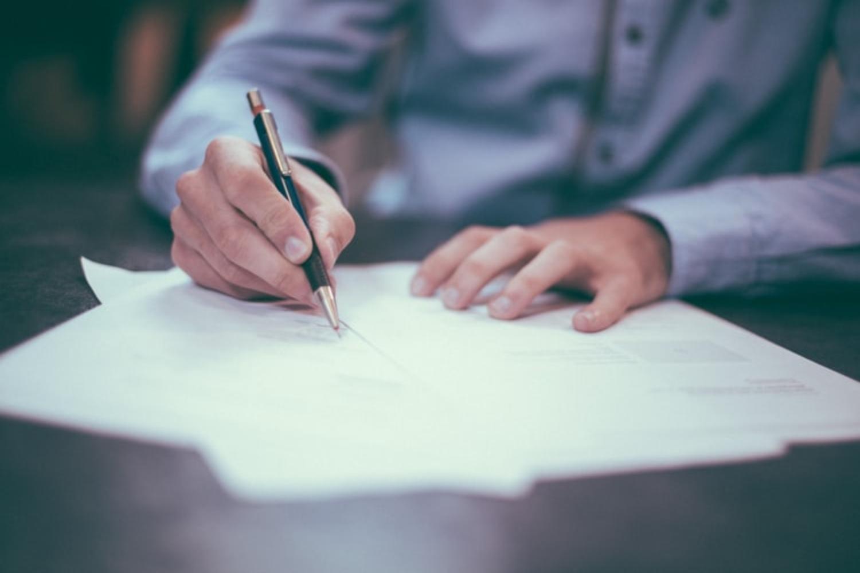 Nace Kontrak plataforma creación y gestión de documentos legales