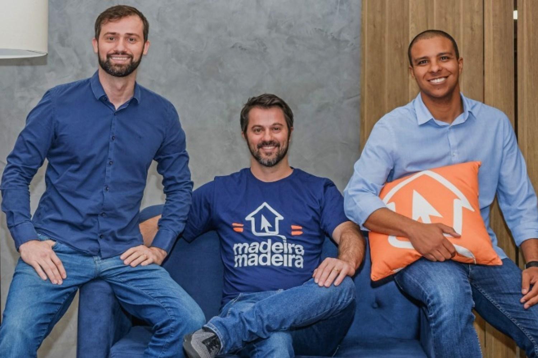 Daniel Scandian, Marcelo Scandian y Robson Privado, fundadores de MadeiraMadeira.