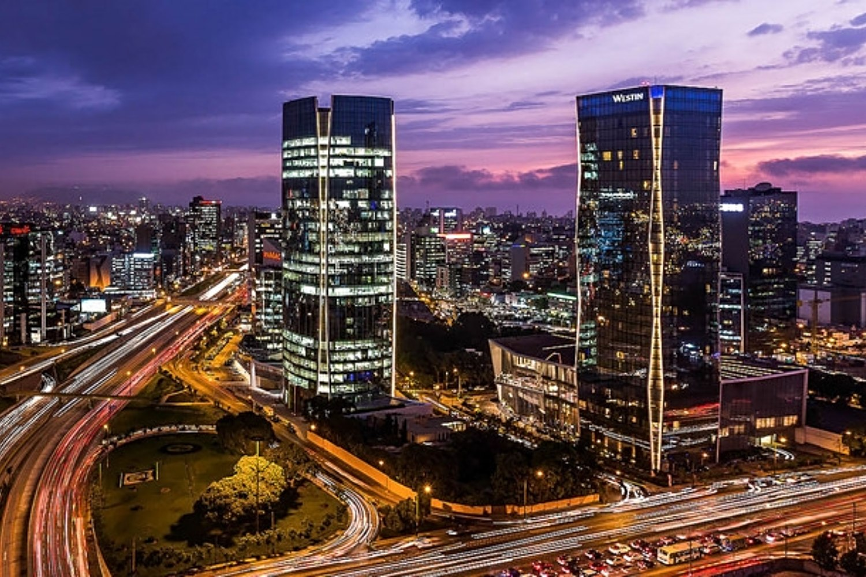 Skyline de la ciudad de Lima, capital de Perú.