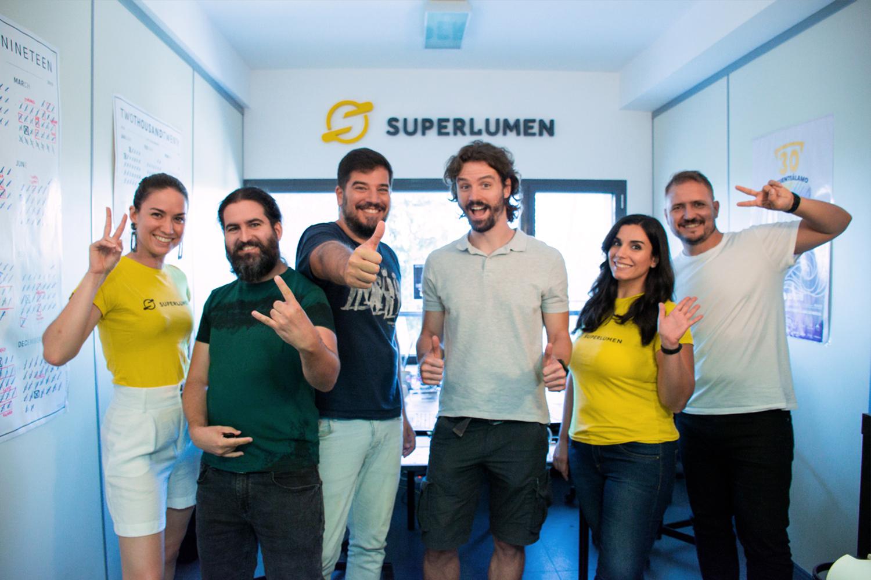 Superlumen es un estudio de desarrollo indie enfocado a la creación de experiencias y videojuegos para Realidad Virtual, ubicado en Murcia.