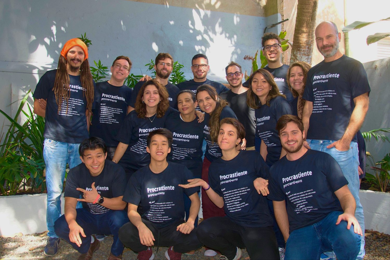 Equipo de la startup brasileña Cuidas.