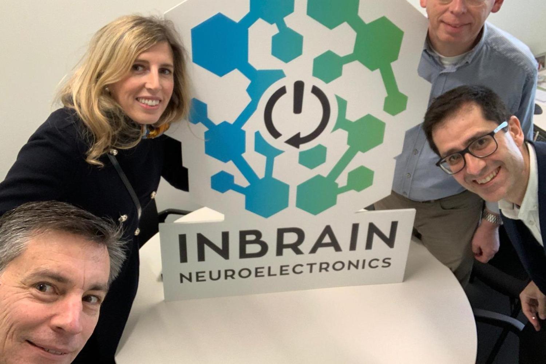 Equipo de la startup medtech Inbrain Neuroelectronics.