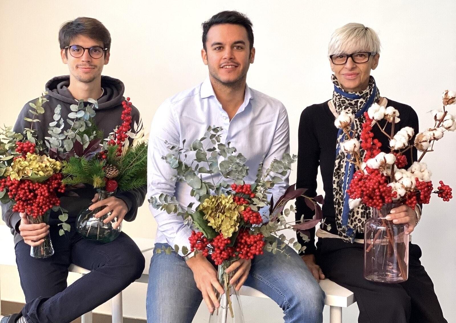 Blaine es un negocio que plantea un servicio de suscripción mensual de ramos de flores artificiales sostenibles para empresas y negocios. Desde su creación su objetivo ha sido democratizar el uso de las flores en cualquier tipo de negocio, desde pequeños hasta grandes multinacionales.