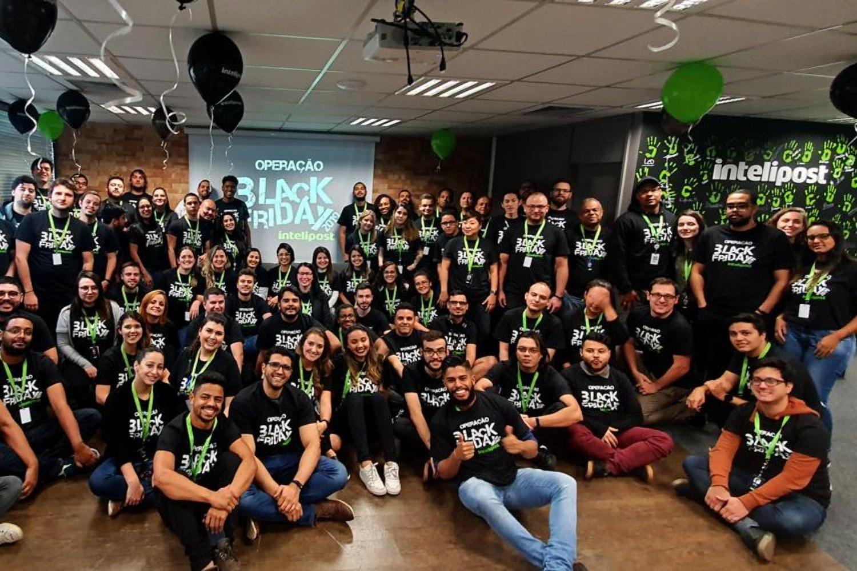 Imagen de equipo de la startup brasileña Intelipost.