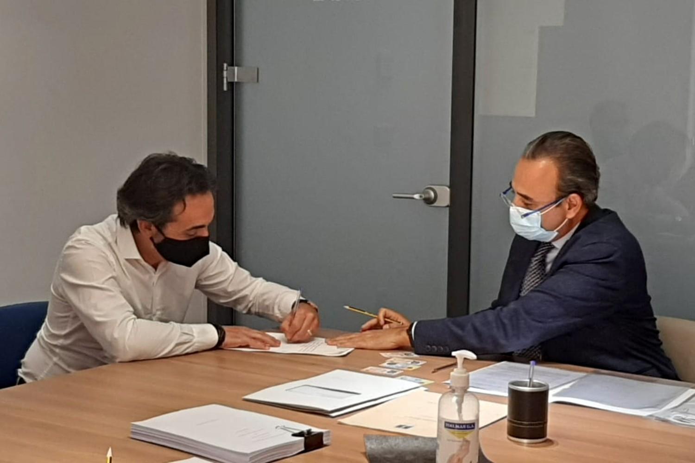 Firma de Maskokotas con Milano Investment Partners.