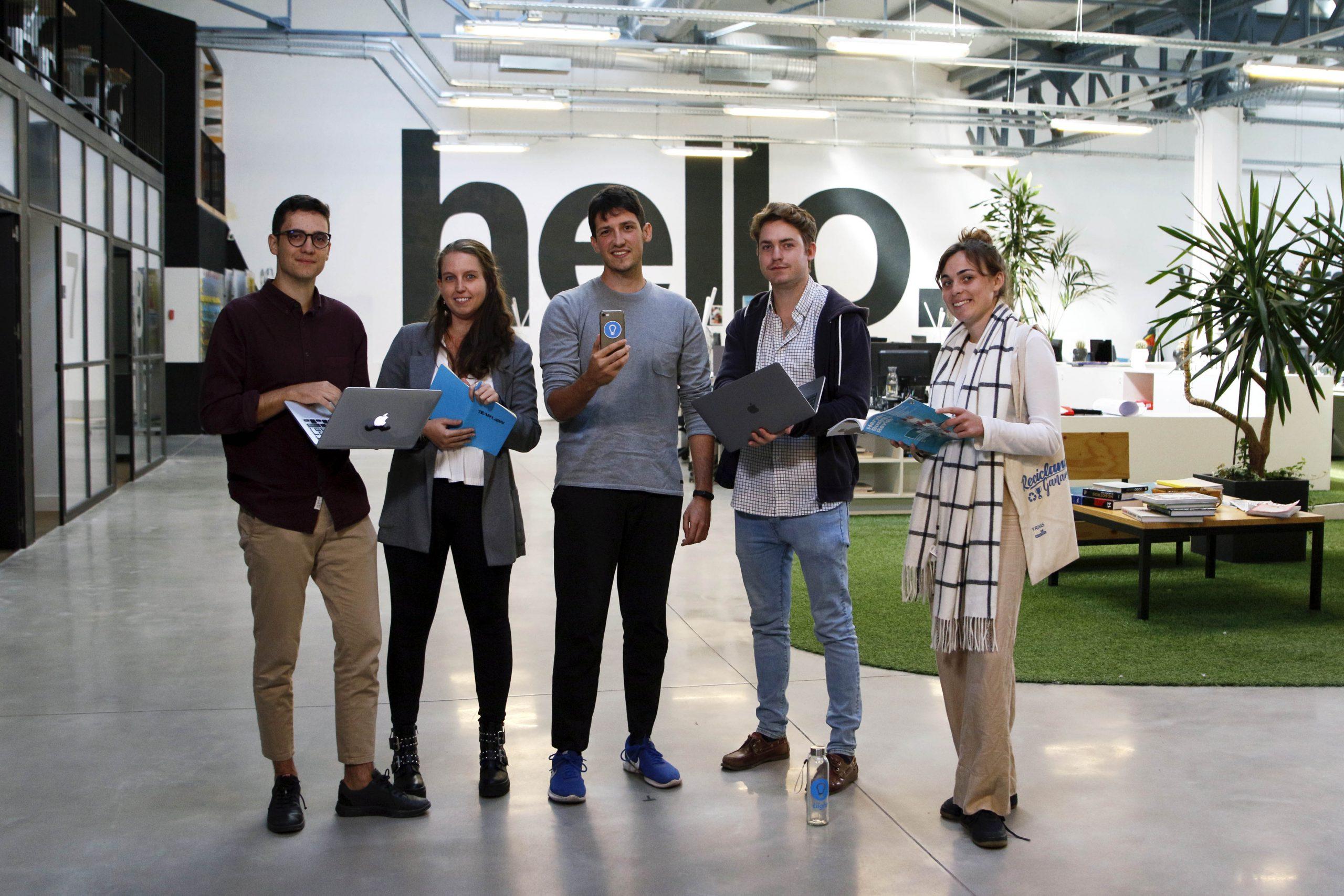Liight es una startup con la misión de motivar a las personas a ser más sostenibles en su día a día. A través de mecánicas de gamificación, sistemas de smart city y el uso de inteligencia artificial incentiva acciones como el uso del transporte público, la bicicleta o el reciclaje.