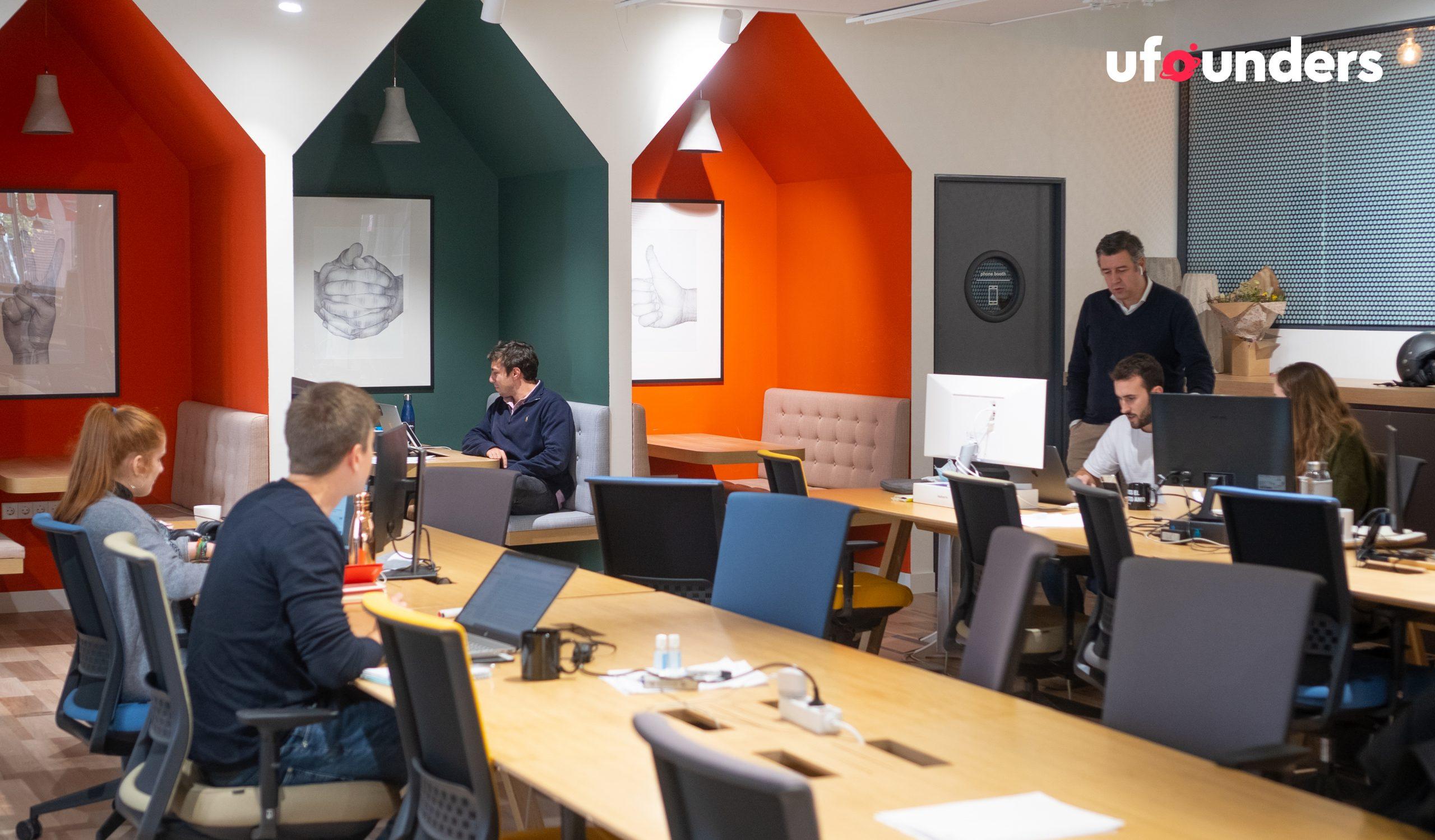 Ufounders es una incubadora y aceleradora de startups tecnológicas que ayuda a los emprendedores desde la fase de idea hasta la internacionalización y venta de la empresa.