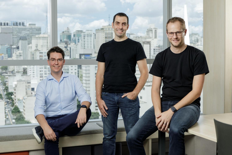 Fundadores del proptech brasileño Loft.