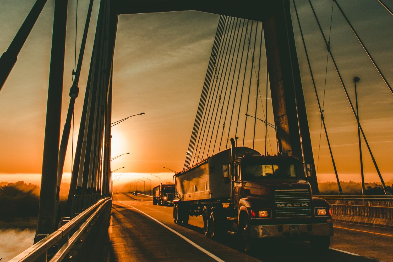 CreceStartup Logistics busca 10 startups  innovadoras