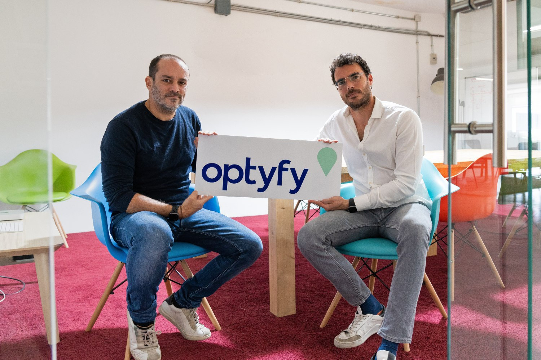 Alberto Velarde y Juan Antonio García-Obregón, fundadores de Optyfy.