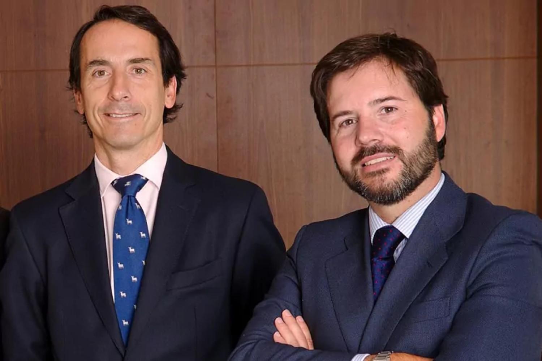 Jacobo Llanza, CEO de Alantra Asset Management (izquierda), y Francisco de Juan, socio y CIO de Alantra EQMC.
