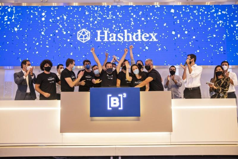 Foto de equipo de la startups brasileña Hashdex.