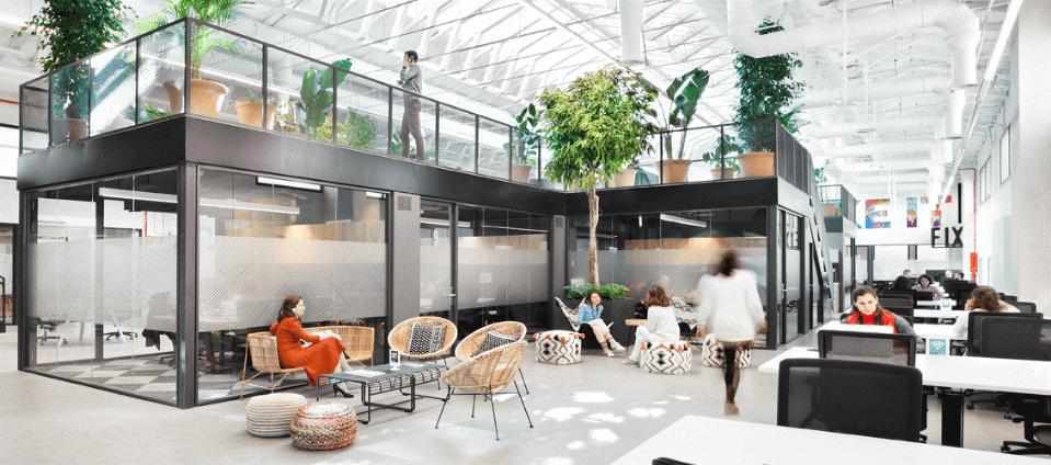 LOOM es la marca de espacios de trabajo flexible y de coworking de MERLIN Properties. Es uno de los principales gestores a nivel nacional de espacios colaborativos centrado en las personas, sus necesidades y su experiencia, apostando por la flexibilidad, el tiempo de calidad, la productividad y el sentimiento de satisfacción en el trabajo.