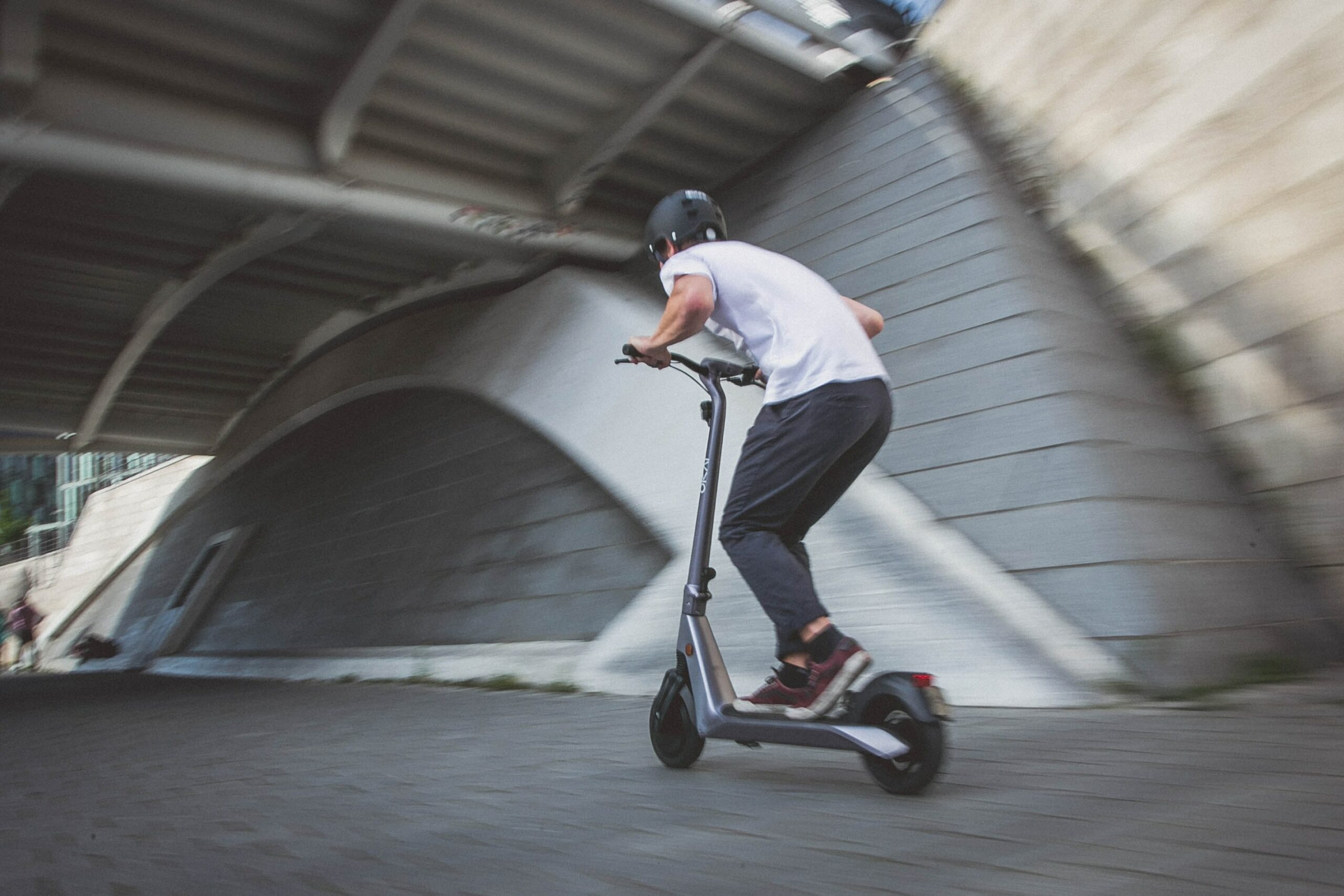Iberdrola busca soluciones de aparcamiento y carga seguros para Vehículos de Movilidad Personal eléctricos, como bicicletas o patinetes