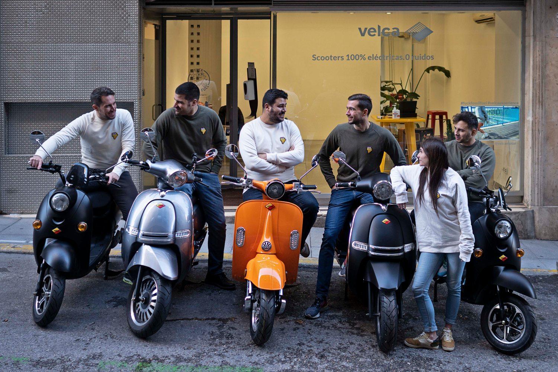 Foto del equipo de la startup de movilidad eléctrica Velca.