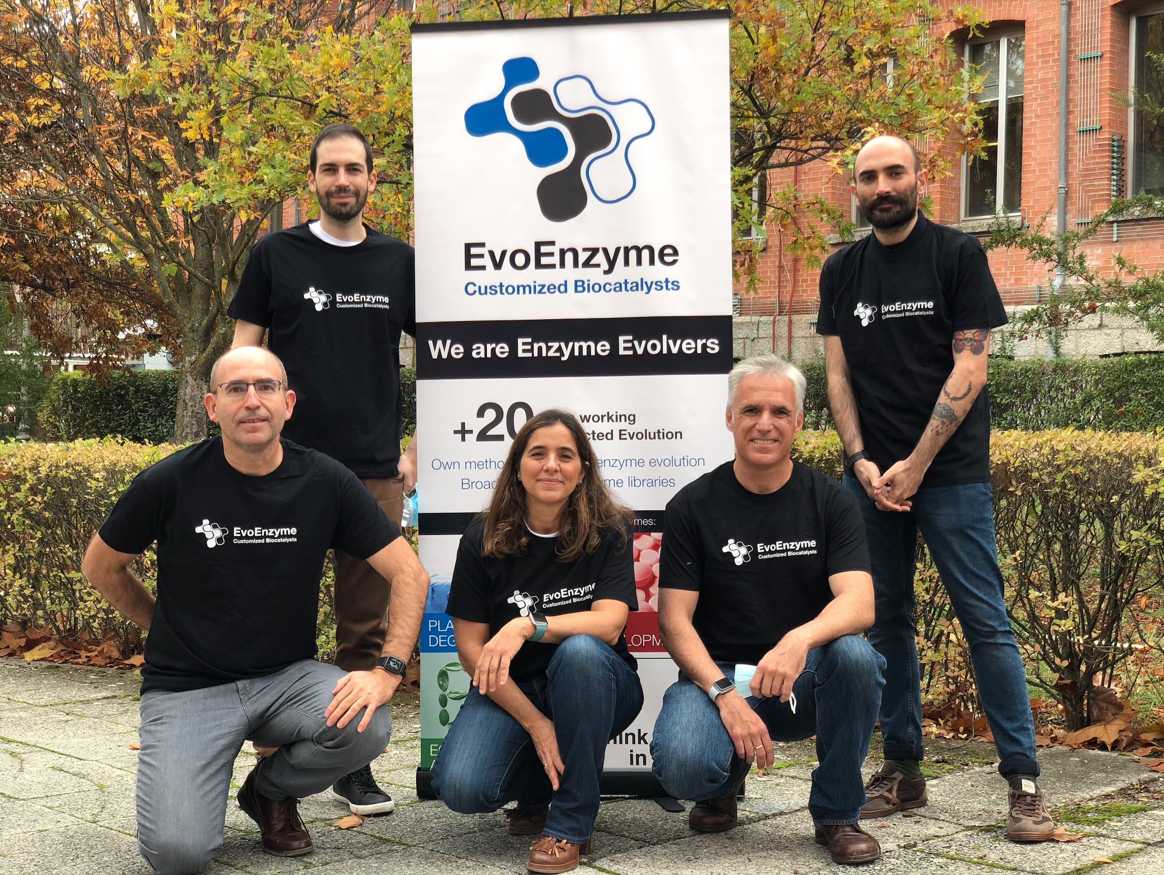 EvoEnzyme es una spin off del CSIC que, tras más de 20 años de experiencia en la Academia, nace con el objetivo de trasladar al mercado sus principales descubrimientos