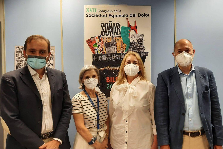 Imagen de la presidenta del Congreso SED y los fundadores de Health 2.0 Basque.